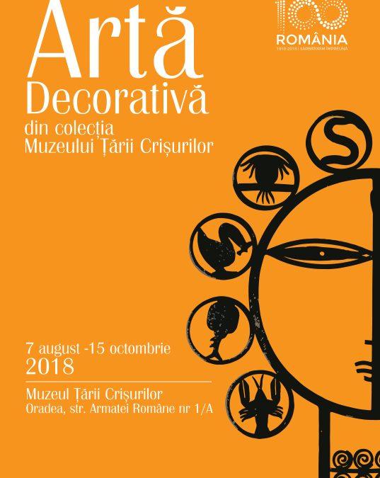 Expoziție de artă decorativă
